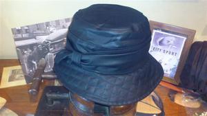 Sombrero Impermeable. Modelo Liza.